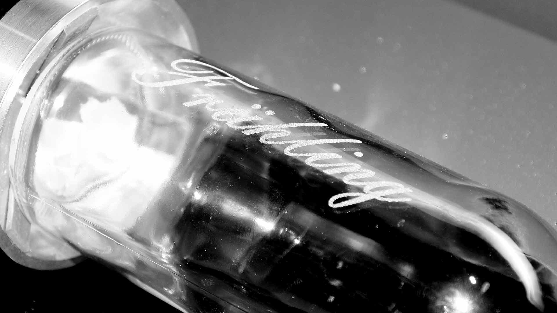 Lasergravuren Glasflasche