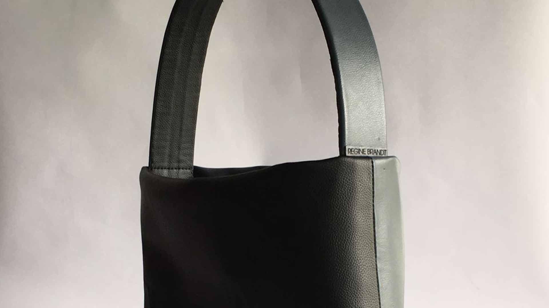 LEDER GRAVUR | Handtasche
