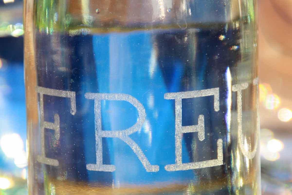 Lasergravur Glasflasche